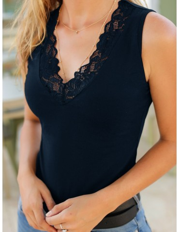 Contrast Lace Scallop Neck Tank Top